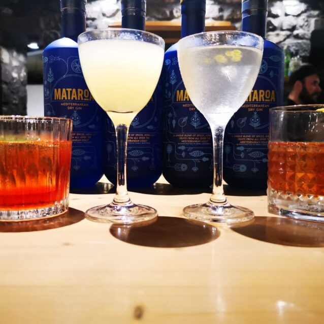 Two of the best bars in the world create signature cocktails with Mataroa in Santo Maris Oia in the enchanting island of Santorini, Greece.